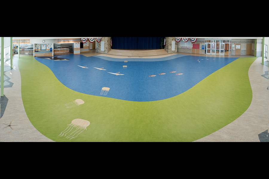 FORBO_FLOORING - PANO - HIGH SCHOOL CAFETERIA